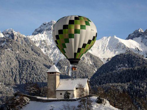 Ballonvaart boven de Alpen wintersport op hoog niveau!